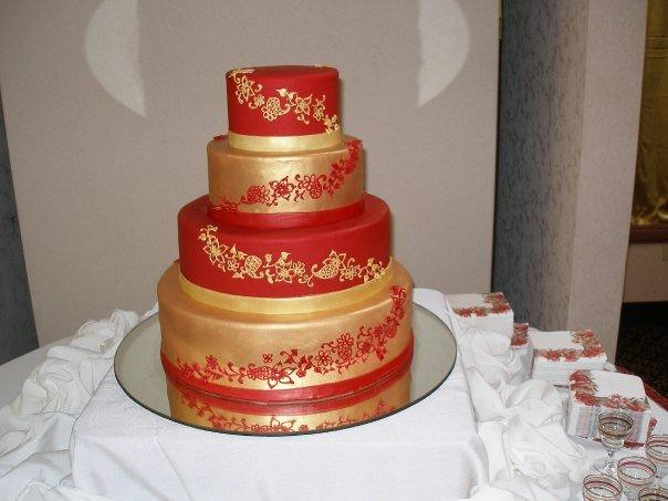 red and gold wedding cake 4662563657 ccc1fcb390 z jpg 19076