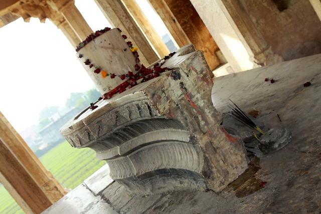 84 pillared cenotaph bundi