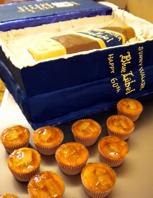 Johnnie Walker Blue Label Cake http://www.flickr.com/photos/yahairamorlas/4197563915/