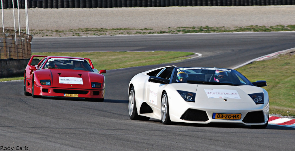 F40 And LP640 Roadster.