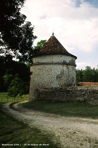 24 St-Sulpice-de-Mareil - Château Beaureceuil