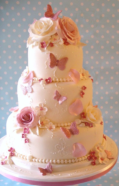 Pink Rose Garden Wedding Cake