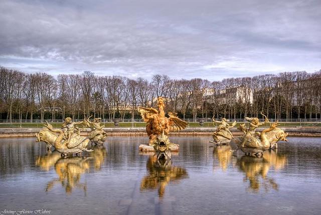 Petit parc du chateau de versailles bassin du dragon flickr photo sharing - Bassin en cuivre versailles ...