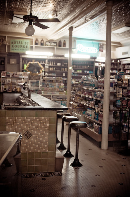 An old fashioned pharmacy soda fountain flickr photo for Old fashioned pharmacy soda fountain