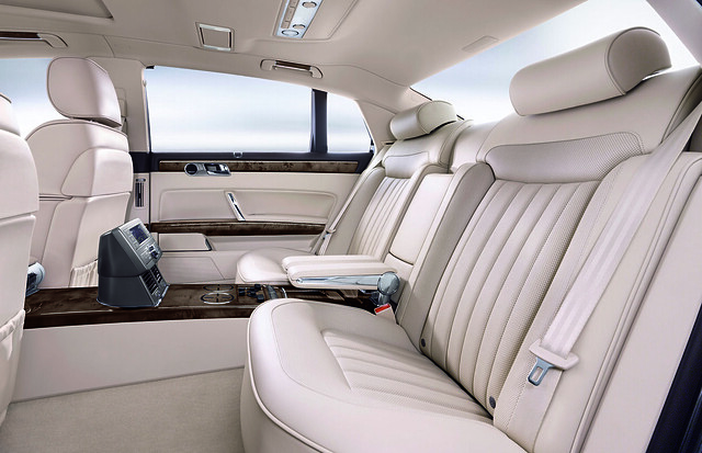 Volkswagen Phaeton 2011MY