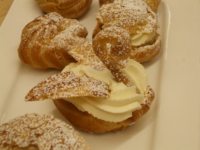 Cream puffs and Swan's | Flickr - Photo Sharing!