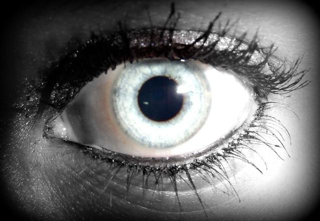 4545433381 4ec7caba84 z jpgColor Splash Eyes