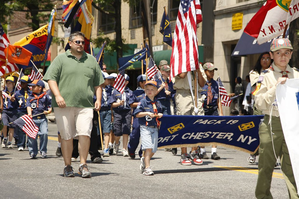 2010 PCHS MARCHING BAND-MEMORIAL DAY PARADE | PC Cub Scouts