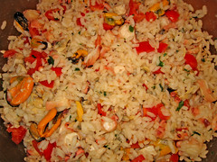 thai fried rice, food grain, yeung chow fried rice, rice, spanish rice, food, pilaf, dish, fried rice, cuisine, jambalaya,