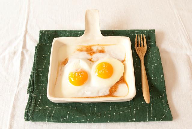 hot breakfast.