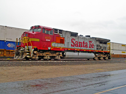 railroad santafe diesel engine locomotive bnsf generalelectric burlingtonnorthern dash944cw 676 gec449w