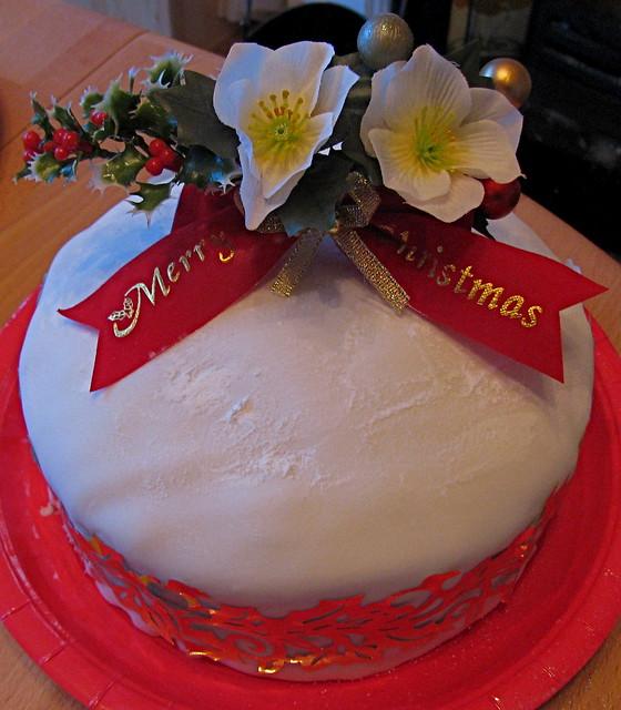 Homemade Decoration For Cake : Homemade Christmas cake and decoration Flickr - Photo ...