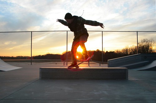 winter sunset joseph nc king skateboarding skatepark horn grind crooked sunflare