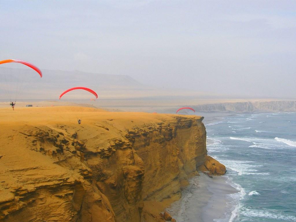 paracas parachute