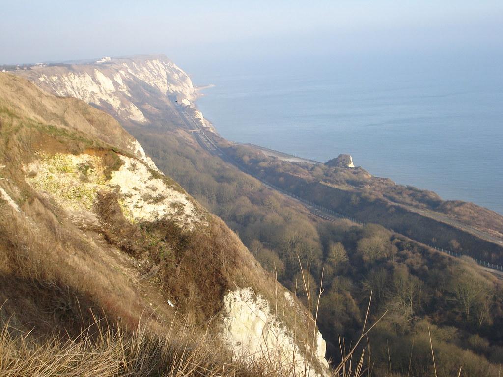 Cliffs Extra walk 13: Folkestone circular