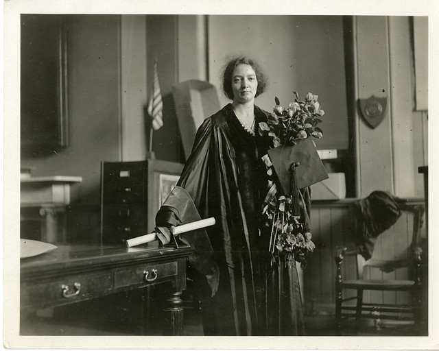 Irène Joliot-Curie (1897-1956), 1921
