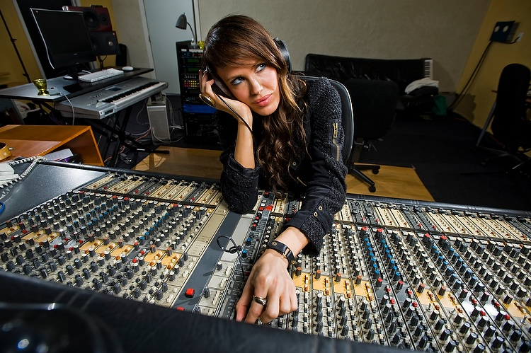 Antoinette Kristensen in a recording studio in North Hollywood, California, on January 24, 2010.  Photo © Eric Wolfe / TV3 (Norway)