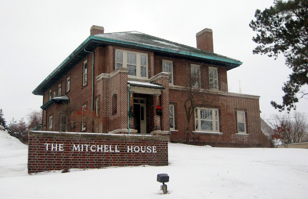 Charles t mitchell house historical marker map michigan for Mitchell s fish house