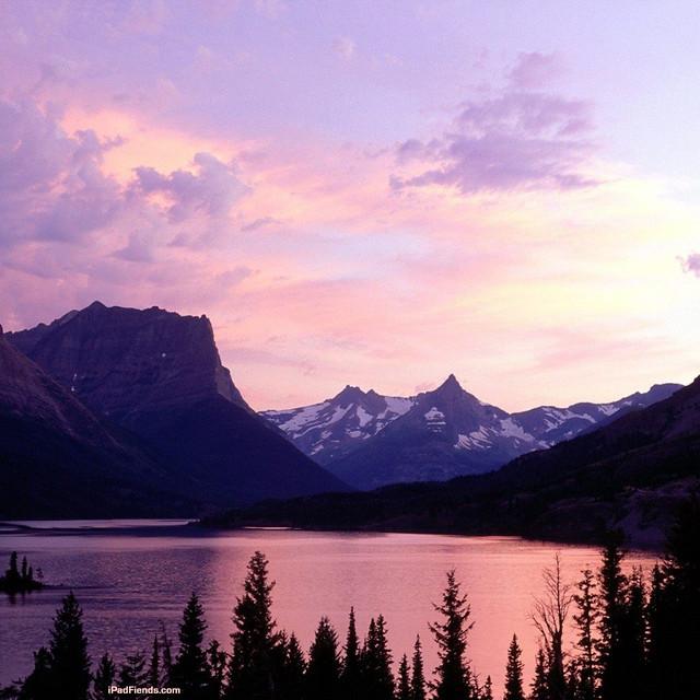 Cloudy Mountain Lake iPad wallpaper | A beautiful cloudy ...