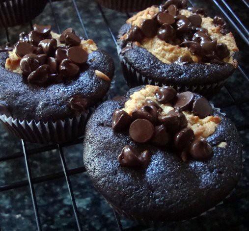 Chocolate Peanut Butter Layered Cupcakes2 | Explore jmackinn ...