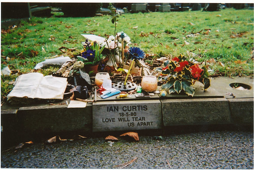 Ian's grave (disposable)