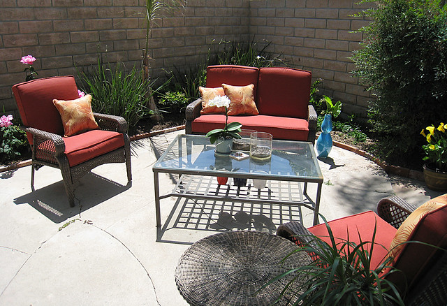 Backyard Living Space Patio Furniture Coffee Table