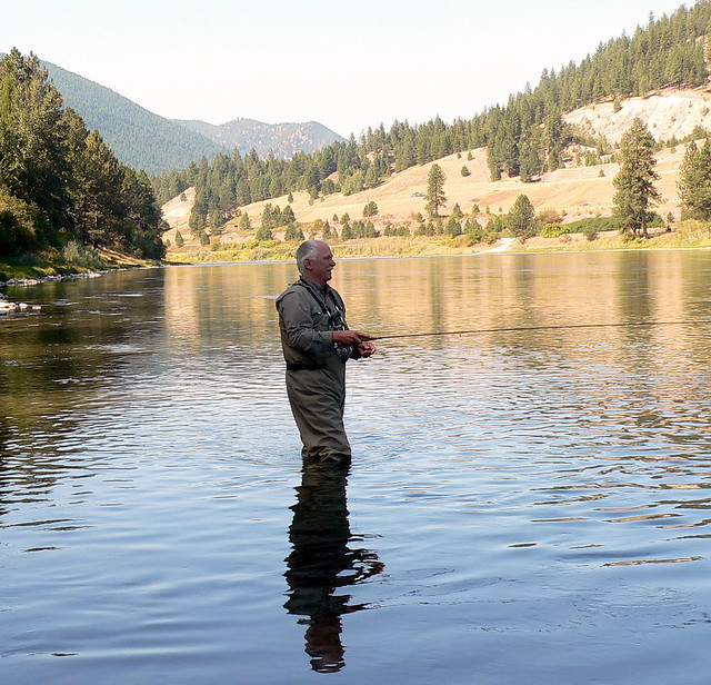 Flickr photo sharing for Fly fishing apps