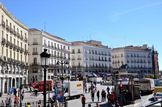 http://hojeconhecemos.blogspot.com/2010/11/do-puerta-del-sol-madrid-espanha.html