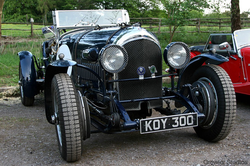 Bentley (KOY 300)