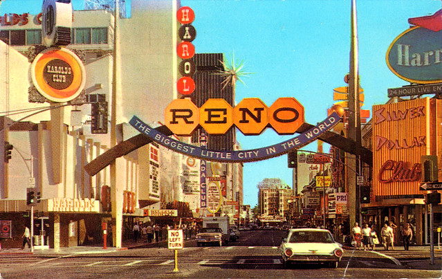 fantastic_gateway_to_reno's_casino_area_NV