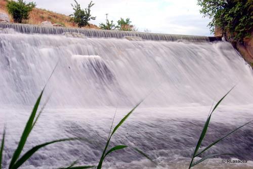 El río Cidacos en Caparroso, Navarra by Rufino Lasaosa