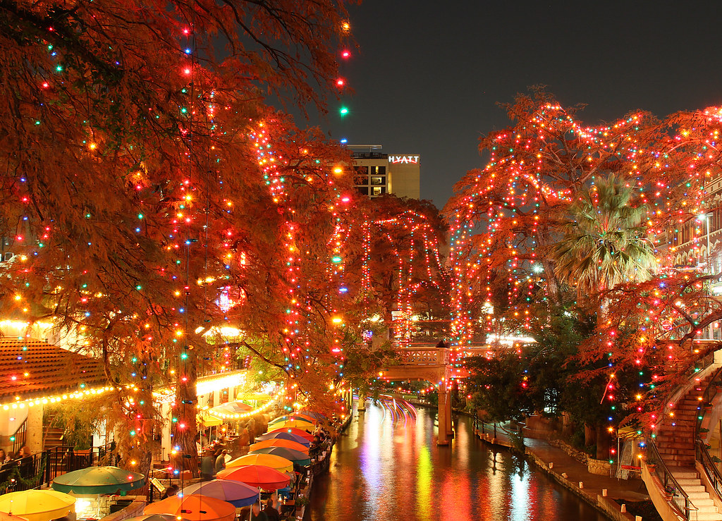 the lights are on in San Antonio...