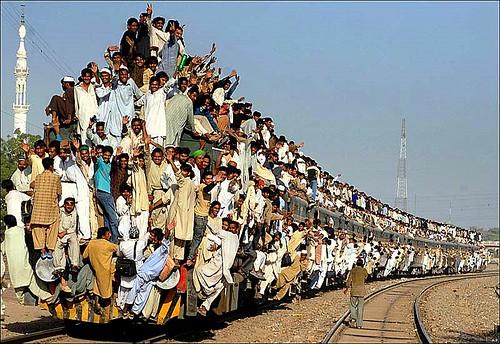 PAKISTAN RAILWAY = THE BEST FUN IN TRANSPORT