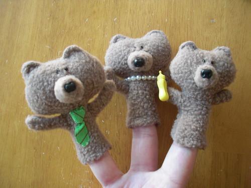 3 bears finger puppets