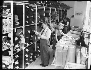 10-06-1947_02870 Confectie-atelier