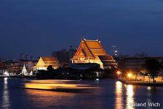 Bangkok - Wat Kalayanmit Woramahawihan