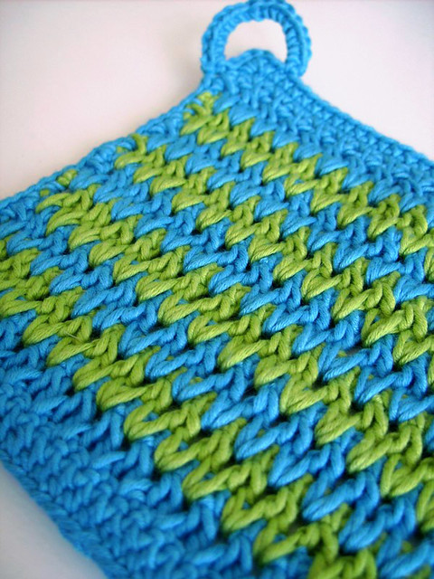Crochet Zigzag Pattern : Zig Zag pot holder - PDF crochet pattern Explore CasaDiAri ...