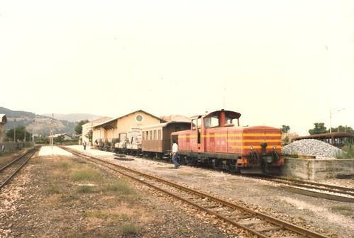 FCL0164 Locomotore LM4.606 con treno di manutenzione della via a Pian del Lago