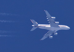 Singapore Airlines Airbus 380 (9V-SKF) at FL333 to Singapore