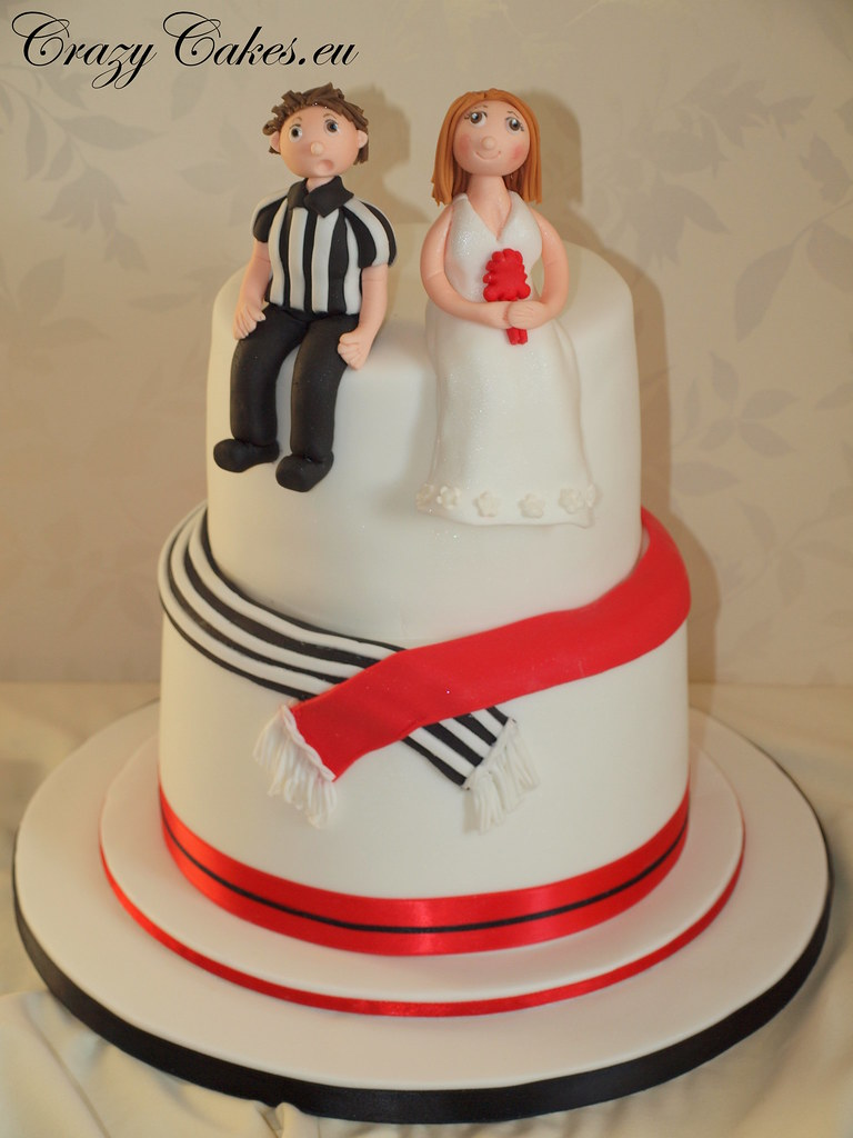Football Fans Wedding Cake This Was For A Football Loving Flickr