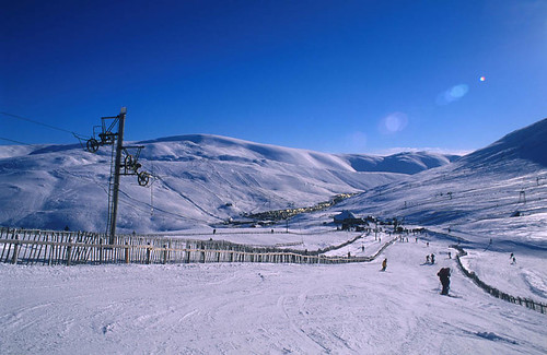 Weekend skiing in Glenshee