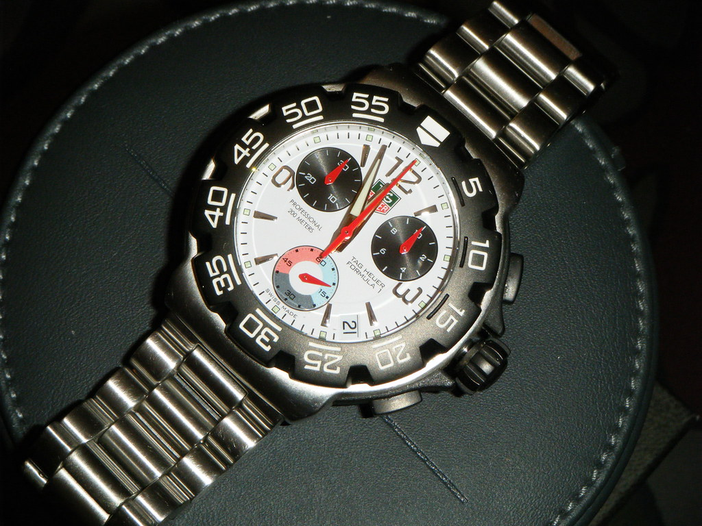 FS:TAG HEUER FORMULA 1 CAC1111 SS Chronograph Mens Watch,$550