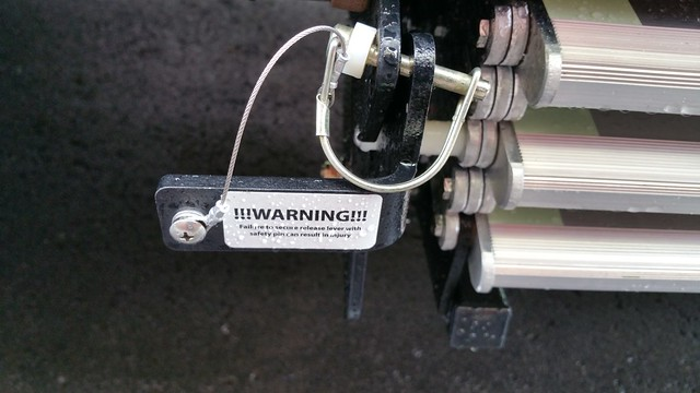 Locking pin inserted