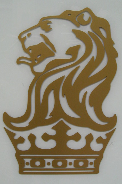 Blue lion logo with crown - photo#6