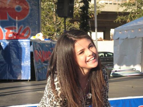 Selena Smile =)