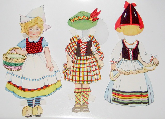 Traveling Dolly Paper Doll Costumes