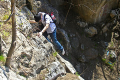 trail(0.0), sports(0.0), sport climbing(0.0), abseiling(0.0), canyoning(0.0), adventure(1.0), recreation(1.0), outdoor recreation(1.0), rock climbing(1.0), extreme sport(1.0), climbing(1.0),