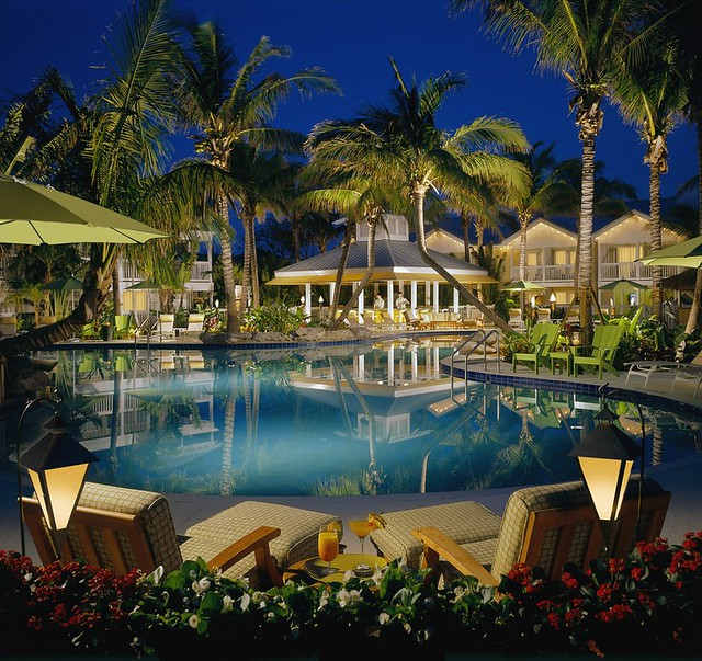Outdoor swimming pool at the inn at key west florida for Hotels with indoor pools in florida
