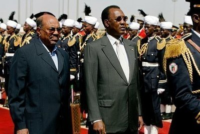 Sudan President Omar Hassan al-Bashir and Chadian leader Idriss Deby Itno have met in Khartoum in an effort to lessen tensions and work towards peaceful relations. Deby told Darfur rebels to abandon violence. by Pan-African News Wire File Photos