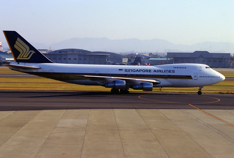SINGAPORE AIRLINES Boeing 747-212B (9V-SQQ/21942/471)
